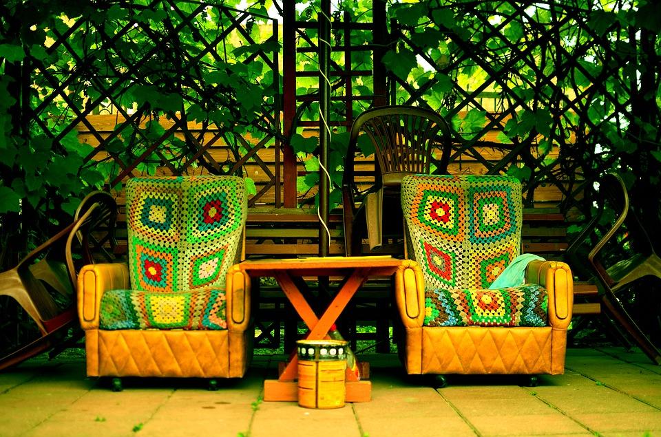 Mobilier de jardin : osons les couleurs !